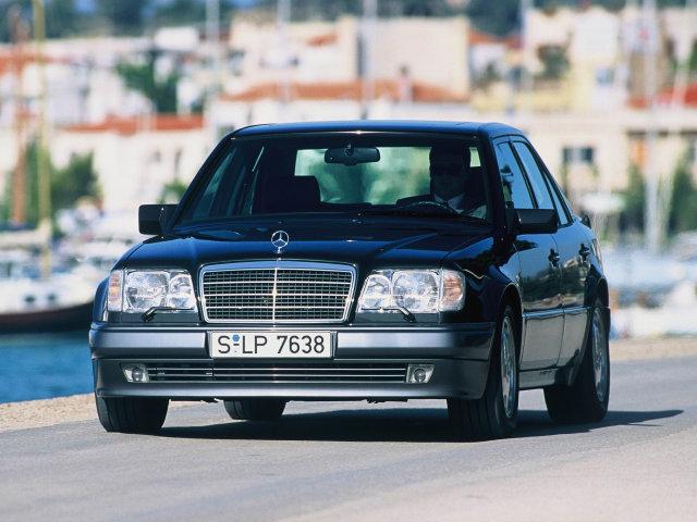 Mercedes_E-Class_E%20280_Sedan.jpg