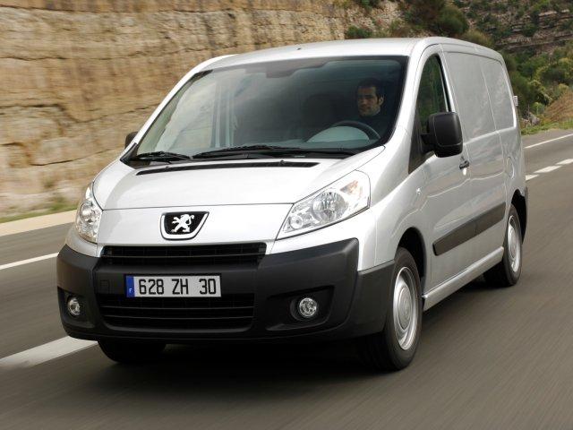 Peugeot Expert появится в России в сентябре Три педали
