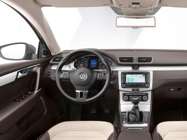 Volkswagen Passat универсал B7.