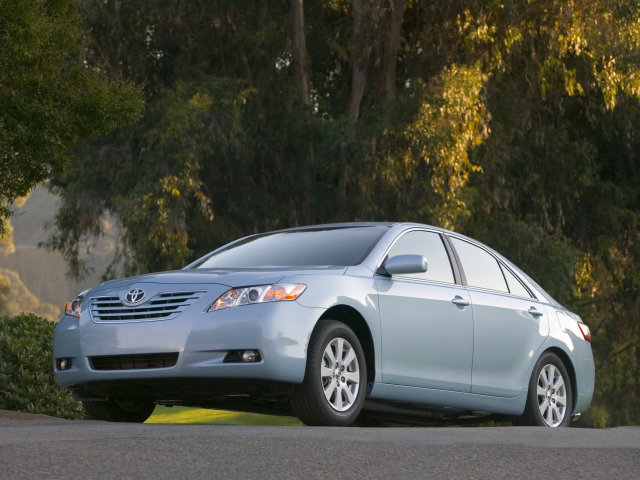 2009 Toyota Camry XLE Picture.