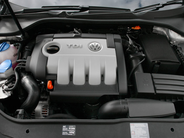 Под капотом Volkswagen Golf Blue Motion (Typ 1K) '2008.