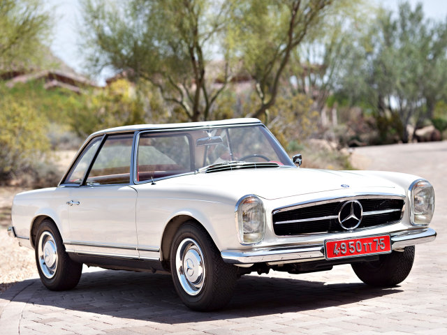 Mercedes Benz 250SL W113 1966 Pictures.
