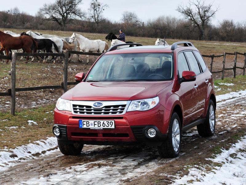 Фото 2012 Subaru Forester Универ…