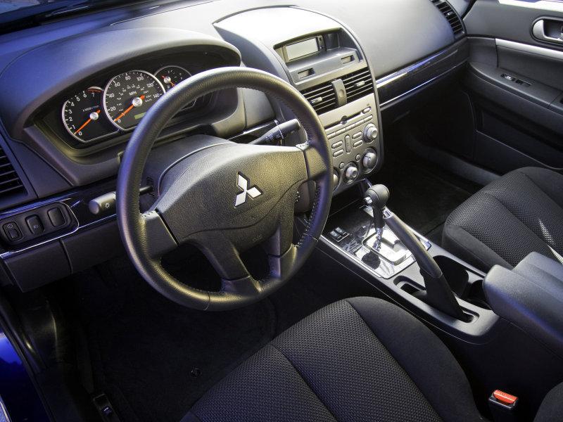 Фото Mitsubishi galant 2008.