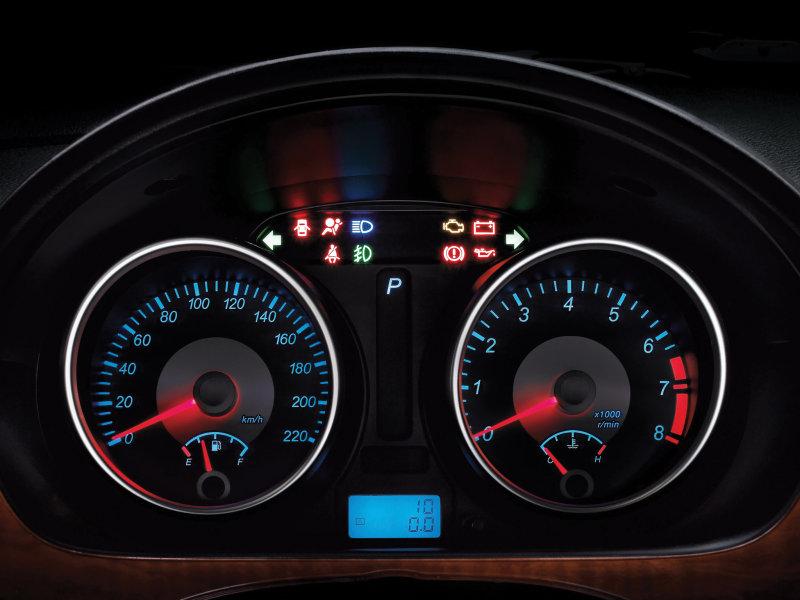 http://img7.autonavigator.ru/carsfoto/800/2801/104705/Buick_Excelle_Sedan_2008.jpg