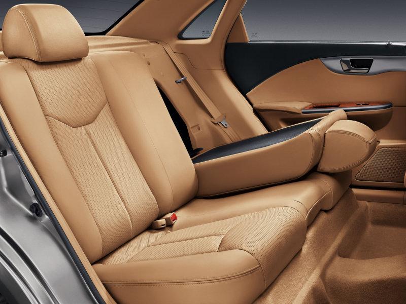 http://img7.autonavigator.ru/carsfoto/800/2801/104706/Buick_Excelle_Sedan_2008.jpg