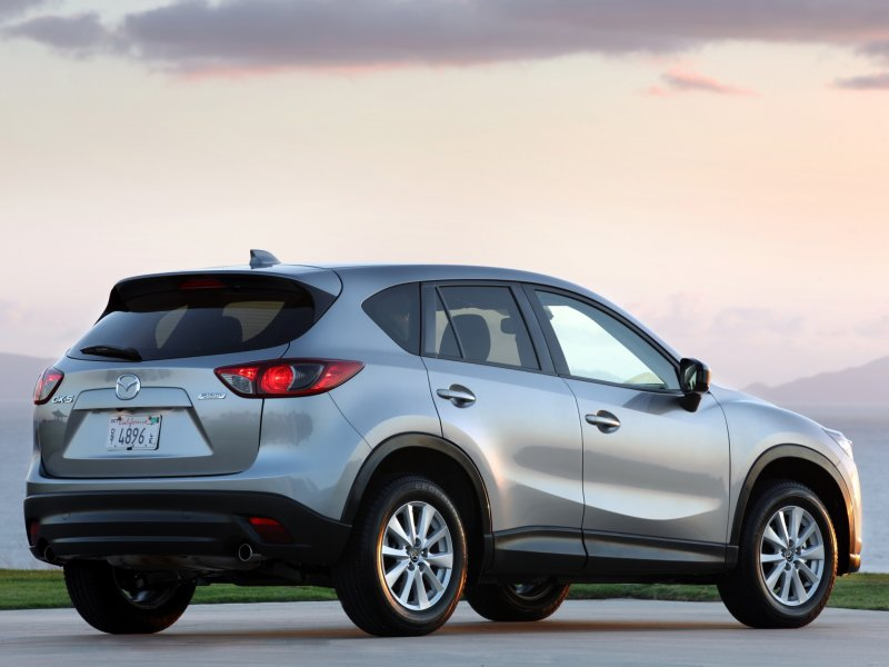 2013 Mazda CX5 Rear Three Qu…